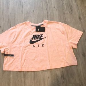 🌸New Arrival🌸 Nike women's crop tee